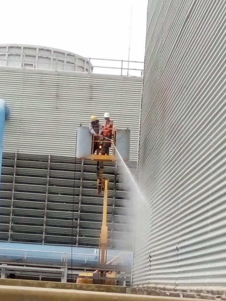 Tẩy rửa tháp giải nhiệt
